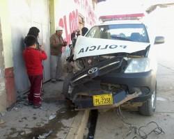 Huancavelica: Patrullero choca contra pared de vivienda