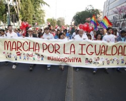 Unión Civil: Políticos, artistas y activistas marcharon por la igualdad