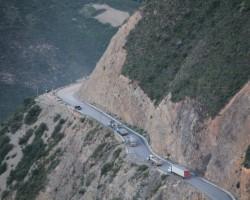 Restablecen tránsito en vía Huancayo – Huancavelica.!