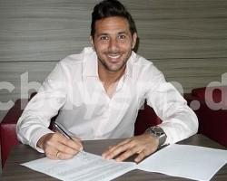 Claudio Pizarro renovó con el Bayern Munich hasta el 2015.!!