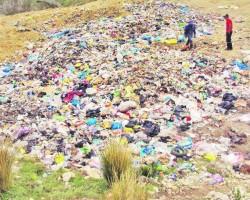 Huancavelica «jalado» en manejo de residuos sólidos.!!