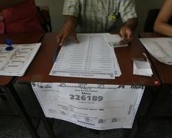 Revocatoria: Desde este 1 de junio se podrá adquirir kits para solicitar salida de alcaldes y autoridades regionales.!!
