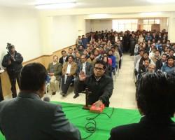 Glodoaldo Álvarez juramenta a  nuevos funcionarios del GORE Hvca.!!