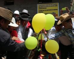 Familias de zona nororiental de Tayacaja contarán con amplia carretera.!!