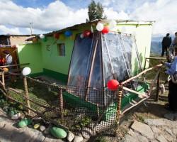 Huancavelica: Midis inicia entrega de más de 500 viviendas acondicionadas para enfrentar heladas.!!