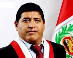 Huancavelica: Poder Judicial sentencia a cuatro años y ocho meses de prisión efectiva a Congresista Zacarías Lapa.!!