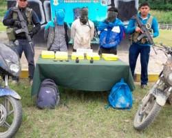 Churcampa: Capturan a 4 narcoterroristas con granadas y mochilas llenas de cocaína.!!