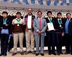 Cuatro de los mejores estudiantes de matemáticas son de Huancavelica.!!