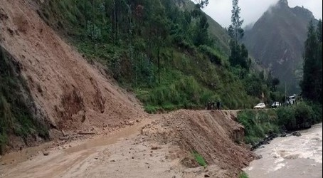 Huancavelica: Municipios no gastan presupuesto de 100 mil soles para emergencias.!!